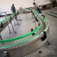900加挡板塑料网带爬破提升机